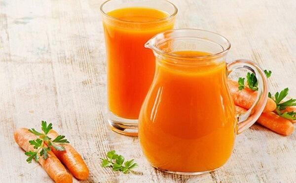 Có thể dùng thêm 1 ly nước ép cà rốt