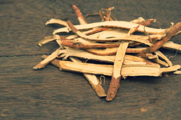 Cách chữa bệnh trào ngược dạ dày bằng gốc cam thảo