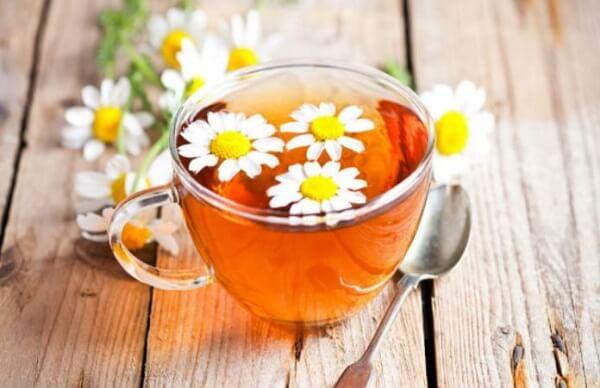 Cách chữa bệnh trào ngược dạ dày bằng uống trà hoa cúc Đức
